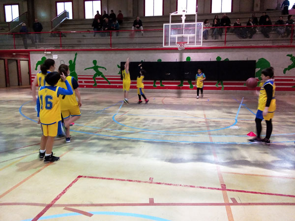 Derrota ajustada en Albaida del Vedruna de baloncesto