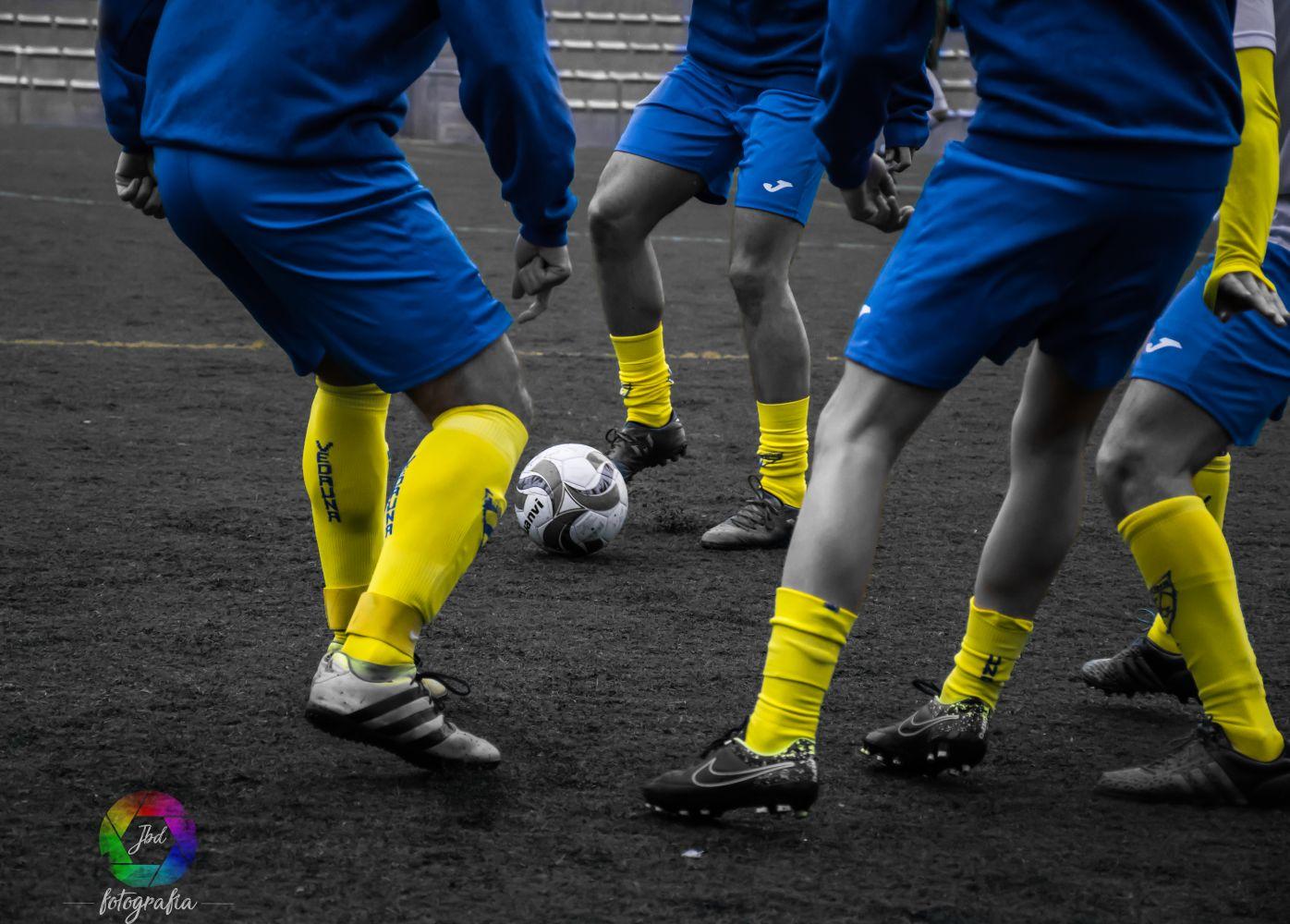 Empate con remontada del Regional y goleada del fútbol sala
