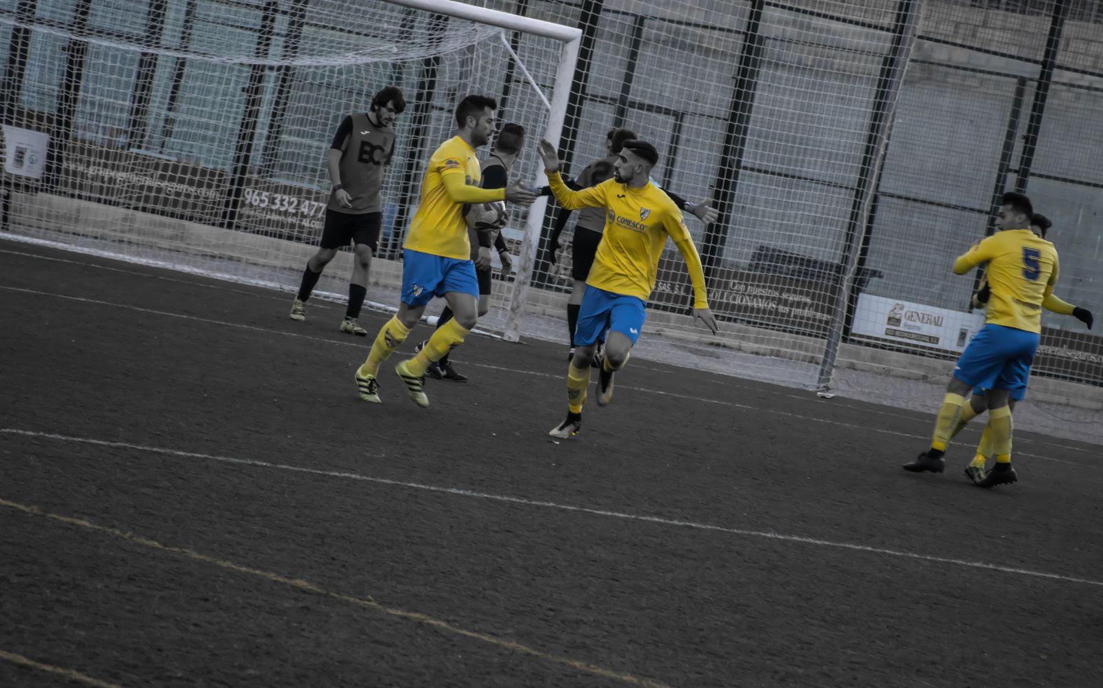 Trabajada victoria del Adherido Local, trabado empate del Regional y derrota del fútbol sala